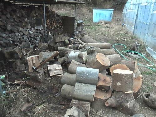 薪集め 薪割り